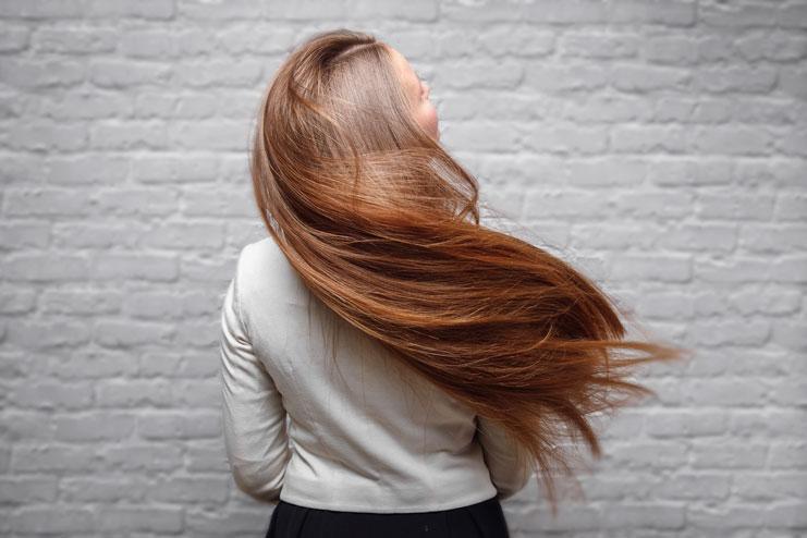 alopecia-androgenetica-mujeres-perdida-caida-pelo-menos-pelo-prp-injertos-infiltraciones-clinica-dermatologia-dermatologo-dr-lopez-gil-teknon-barcelona