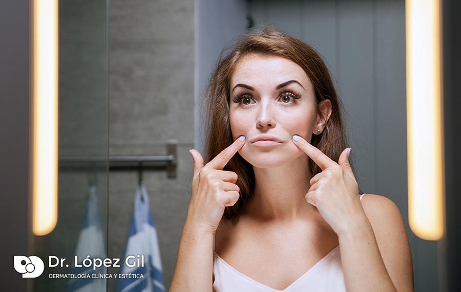 codigo-barras-tratamiento-estetica-botox-toxina-botulinica-laser-exilis-btl-doctor-medicina-belleza-mujer-arrugas-dermatologia-dermatolego-barcelona-dr-lopez-gil-consulta-teknon