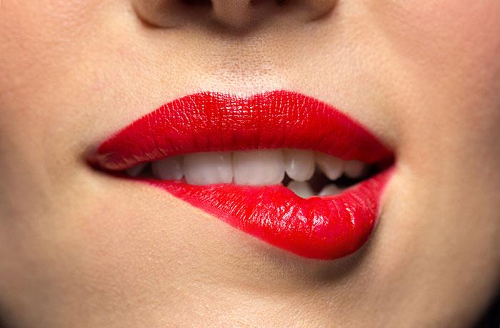 aumento-labios-clinica-estetica-tractamento-infiltraciones-acido-hialuronico-dermatologia-doctor-dermatologo-dr-lopez-gil-consulta-barcelona-