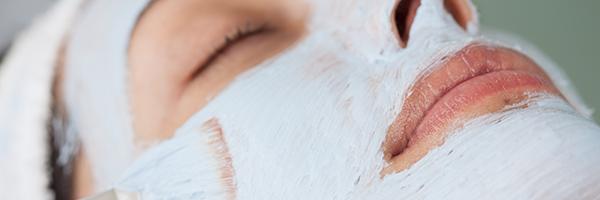 dr-lopez-gil-dermatologia-barcelona-600x200-peeling-quimico-rejuvenecimiento-tratamientos-estetica-clinica