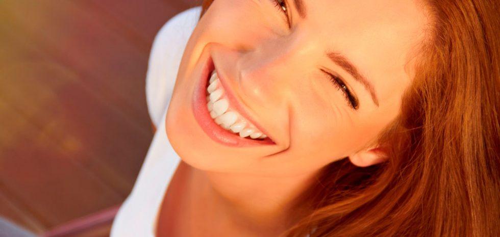 estetica-dermatologo-belleza-botox-acido-hialuronic-tratamientos-piel-mujer-dermatologia-dr-lopez-gil-consulta-barcelona-teknon